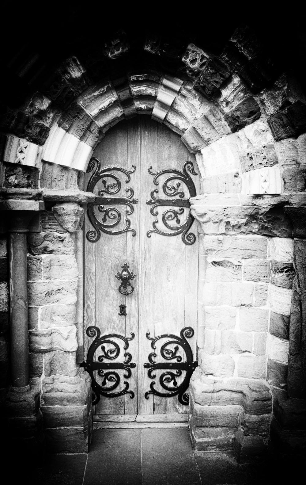 Magnus door