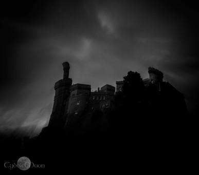 creepy castle with warp