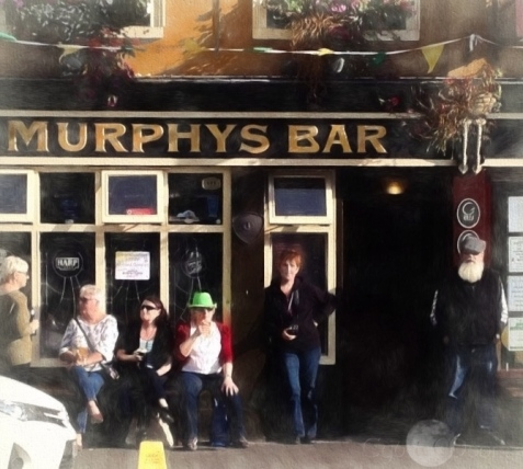 photographer photographed at Murphy's Bar